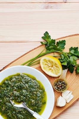 Salsa verde cetogénica