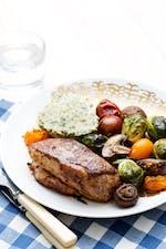 Pollo con verduras asadas de tres colores keto