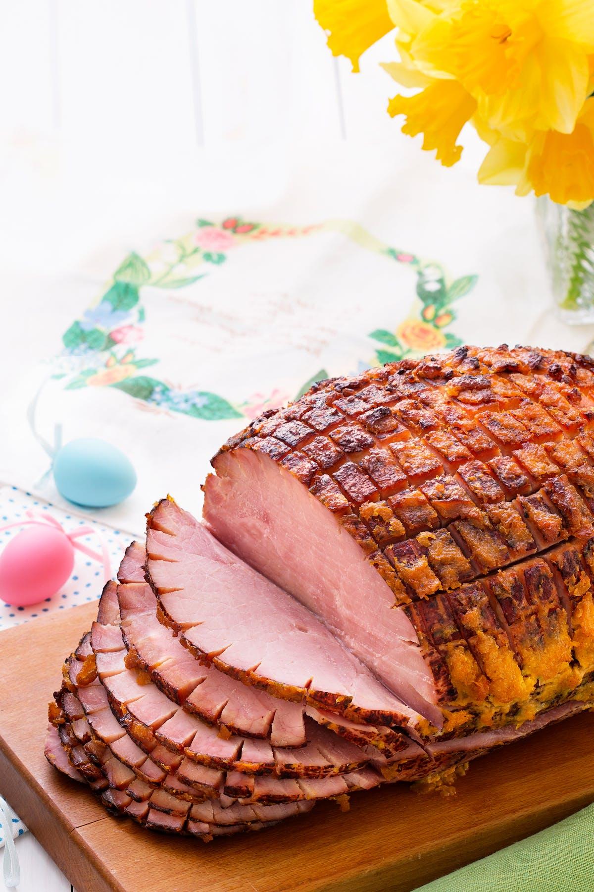 Jamón glaseado con damascos y mostaza