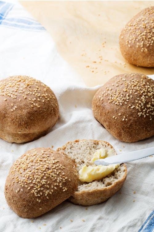 El famoso pan keto de Diet Doctor