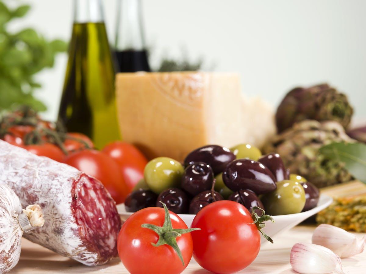 Table of Italian food