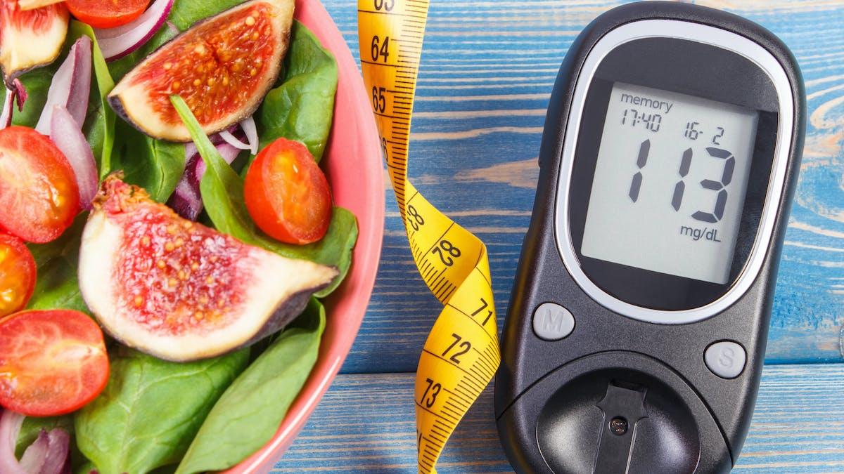 Expertos: controla y previene la diabetes de tipo 2 con una dieta baja en carbohidratos