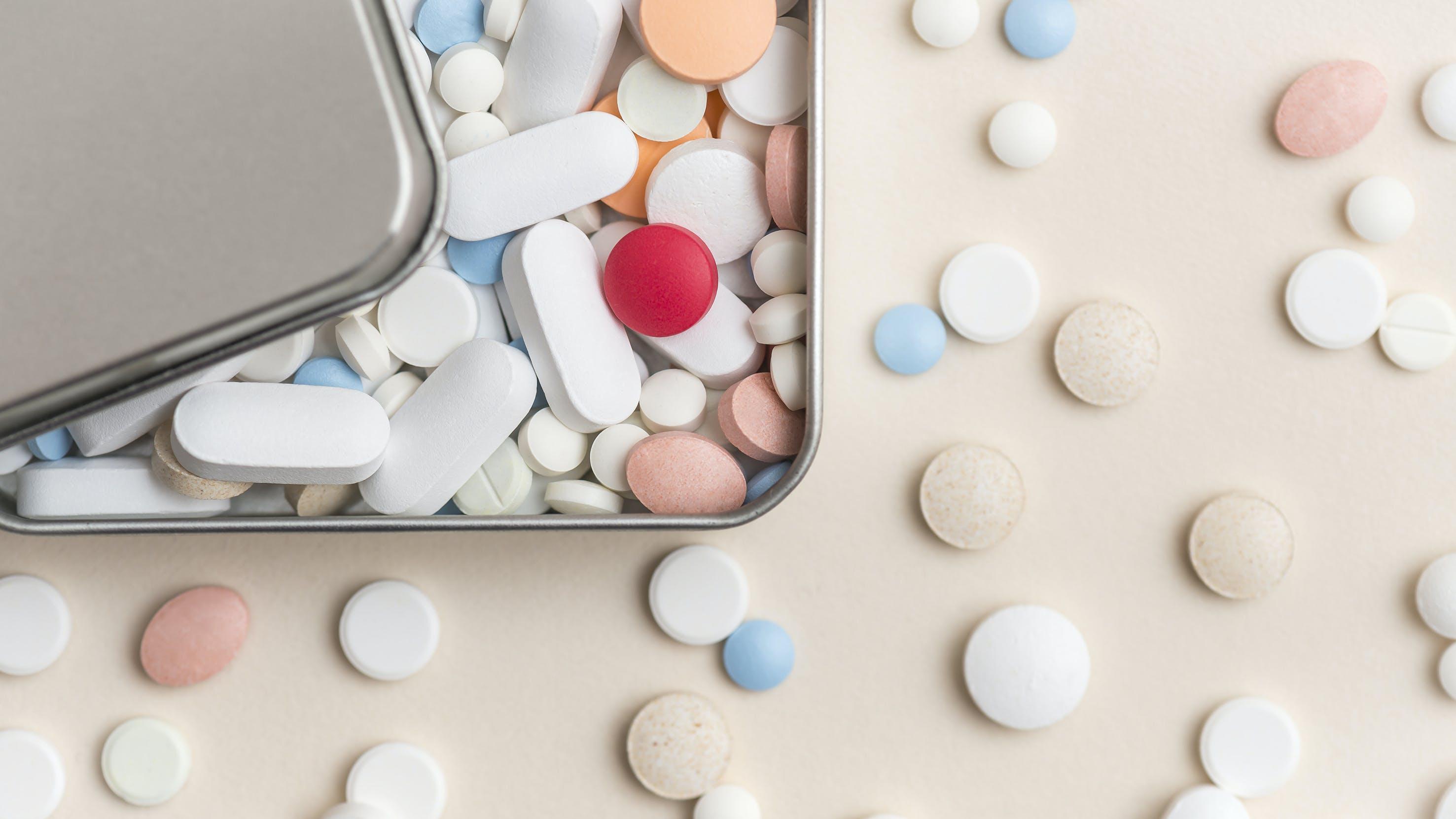 """""""Las pastillas siempre causan daño"""": La redactora jefe de BMJ reclama cambios de hábitos en vez de recetar fármacos"""