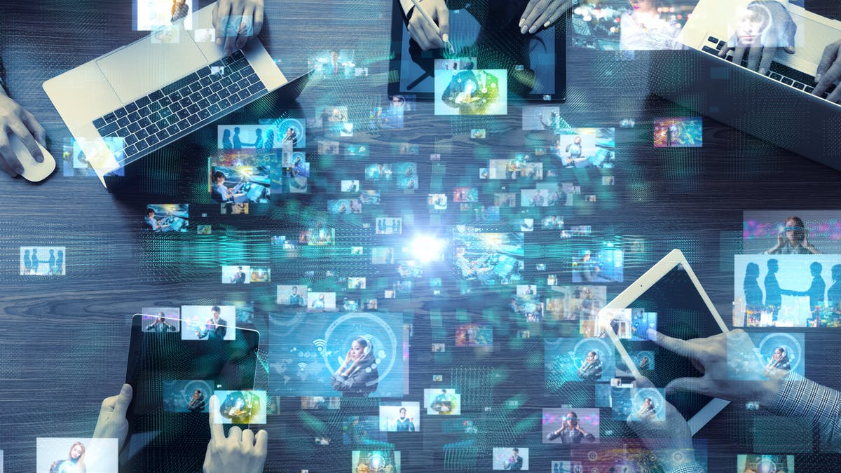 Crisis de credibilidad en la era de los clics y compartir