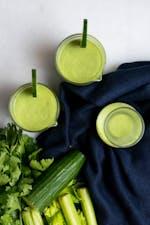 Gazpacho verde bajo en carbos