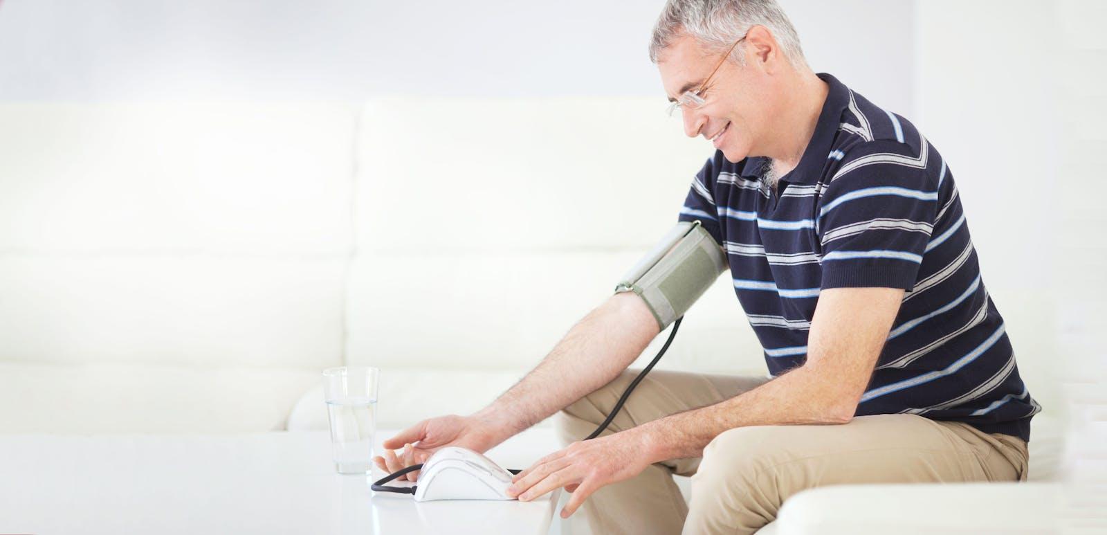 La presión arterial normal suele ser 120/80