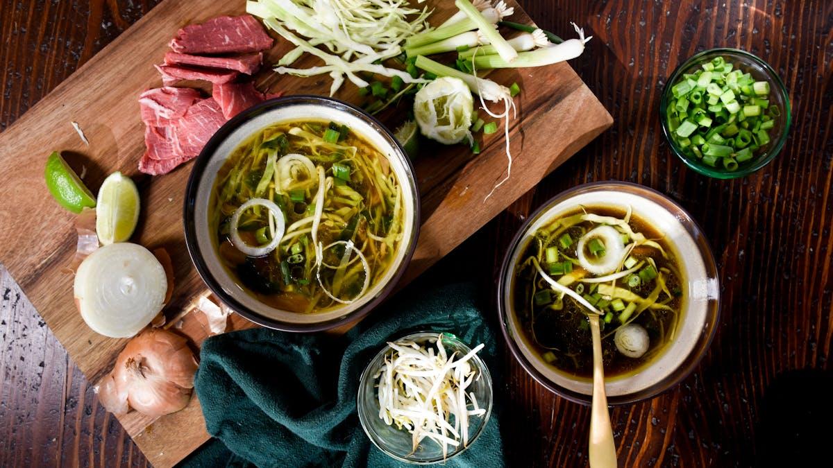 Pho vietnamita bajo en carbohidratos