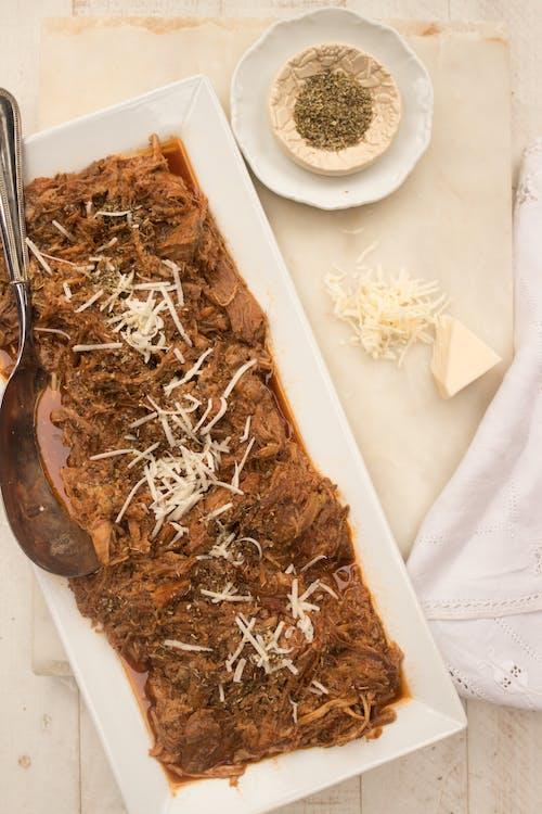 Cerdo a la parmesana low carb en olla eléctrica