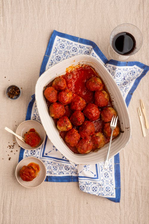Albóndigas en salsa de tomate keto
