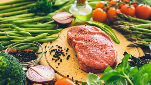 La dieta baja en carbos es superior para reducir la grasa hepática
