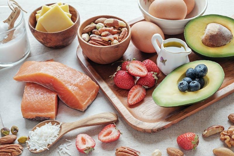 Dieta cetogénica con alimentos saludables