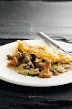 Omelet keto con champiñones