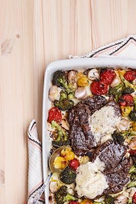 Bife keto con verduras asadas (Cena)