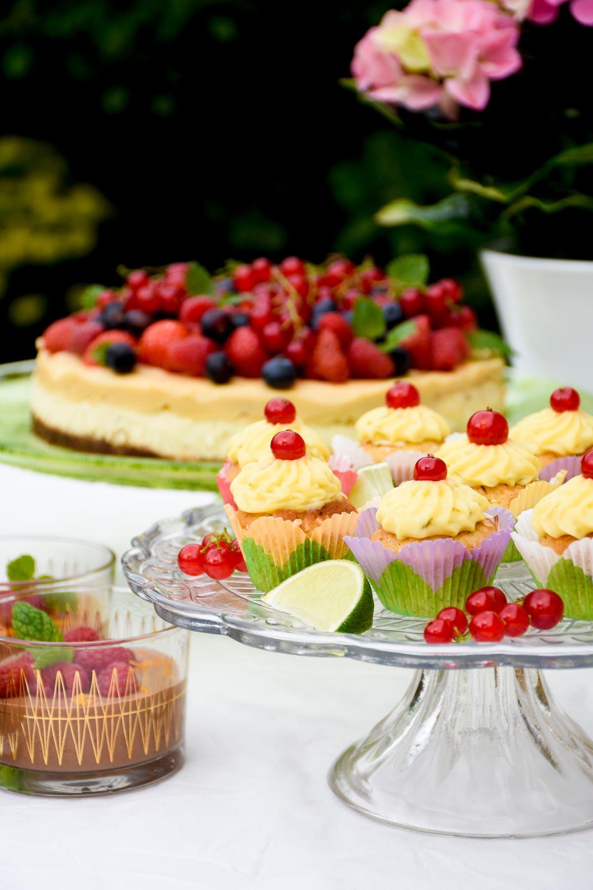 Cupcakes keto de coco y lima