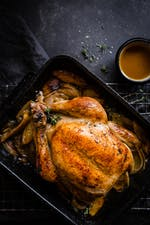 Pollo keto con limón y mantequilla