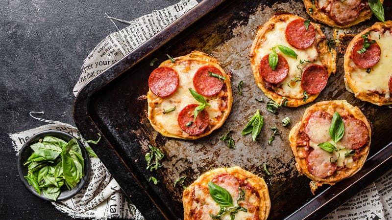 Chaffles keto al estilo pizza