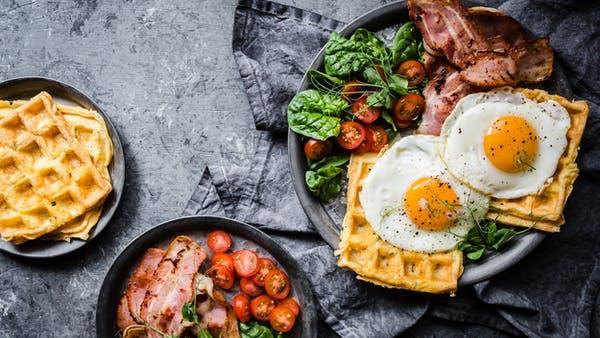 Breakfast-Chaffles_h