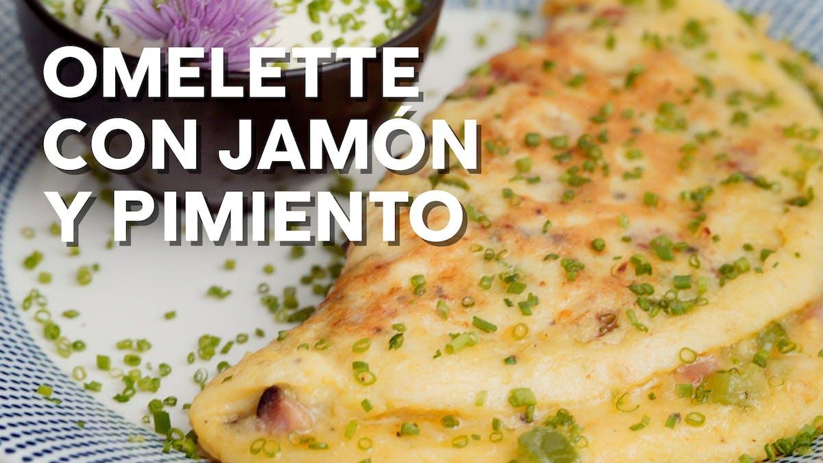 Omelette keto con jamón y pimiento
