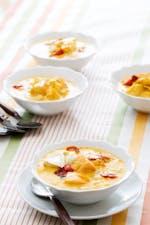 Sopa de pescado al azafrán y alioli