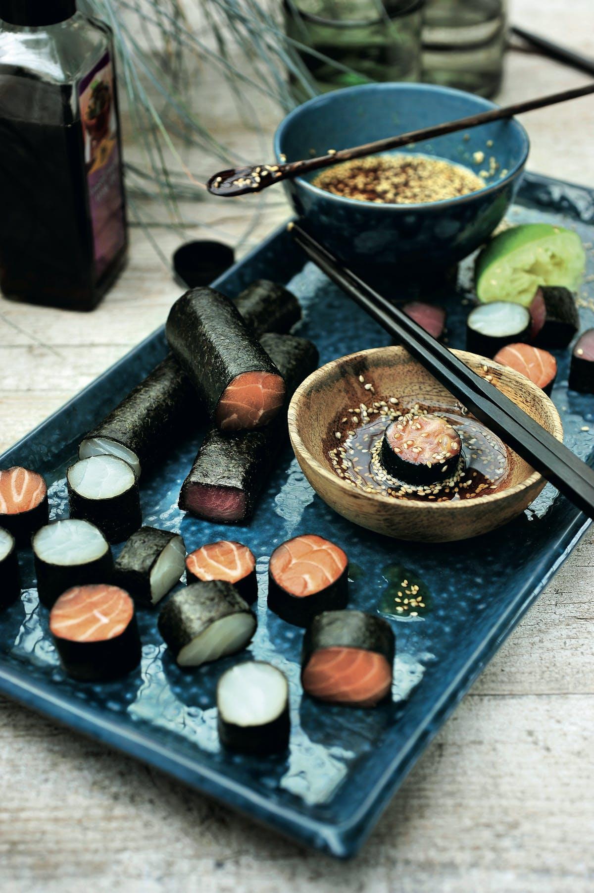 Rollitos de sashimi