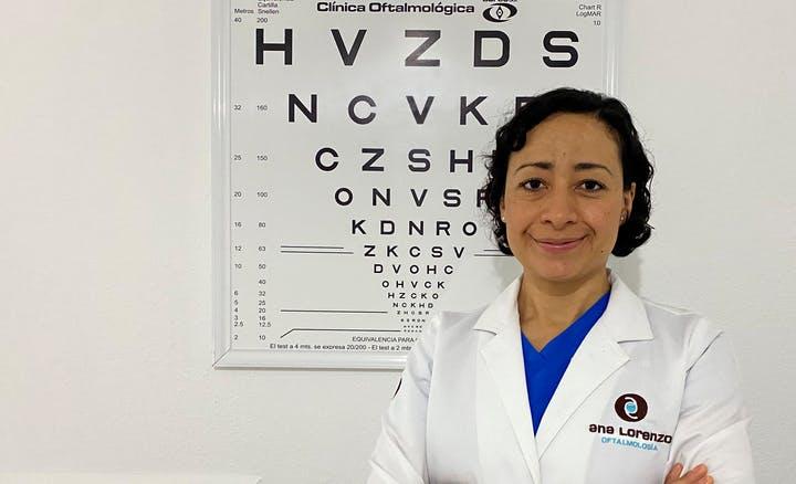Oftalmóloga mexicana usa la dieta baja en carbos para mejorar la visión y la salud