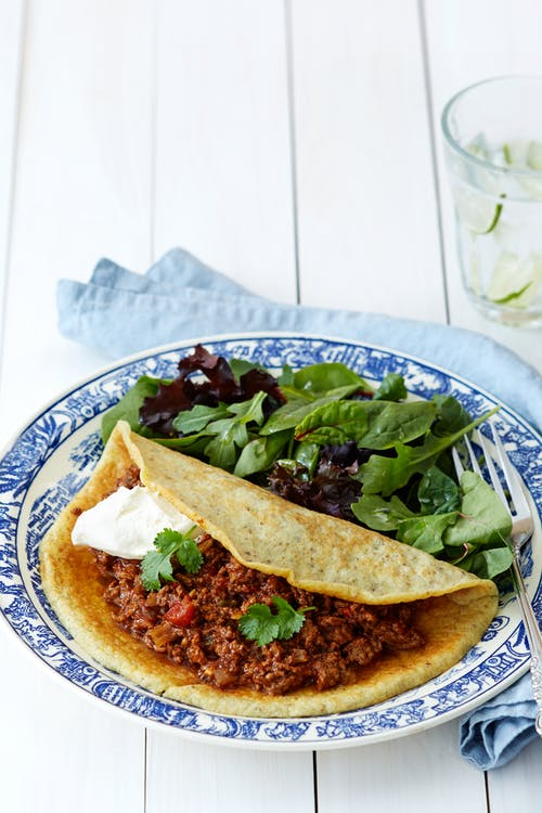 Chile con carne y tortillas keto