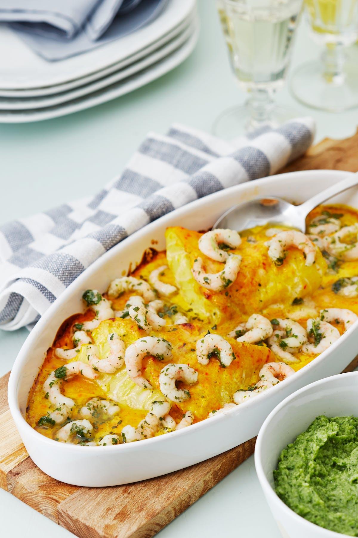 Cazuela cremosa de pescado y camarones al horno