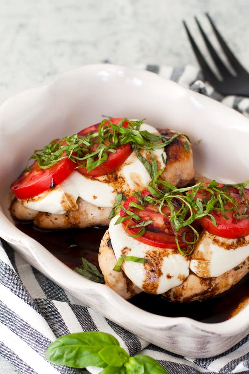 Pollo caprese low-carb