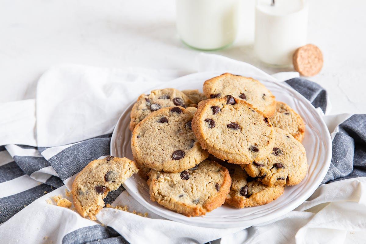 Cookies keto con pepitas de chocolate