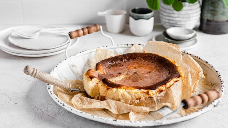 Tarta de queso low-carb al estilo La Viña