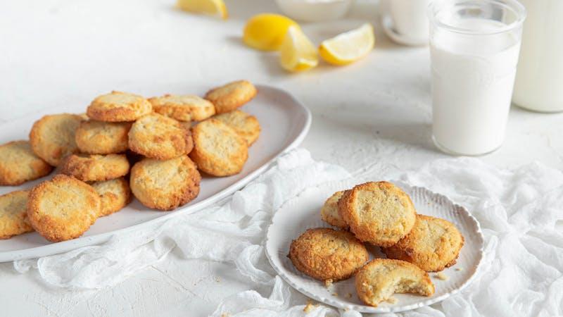 Galletas keto de limón y queso crema