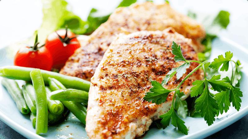 pechuga-de-pollo-con-verduras