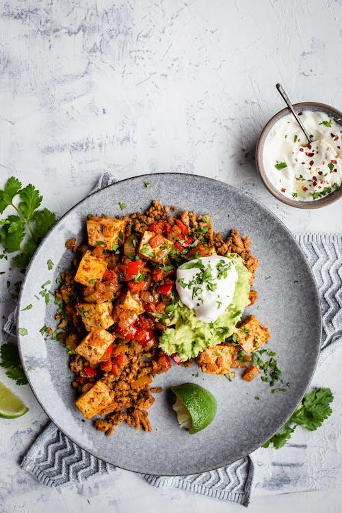 Revuelto mexicano de desayuno sin huevos