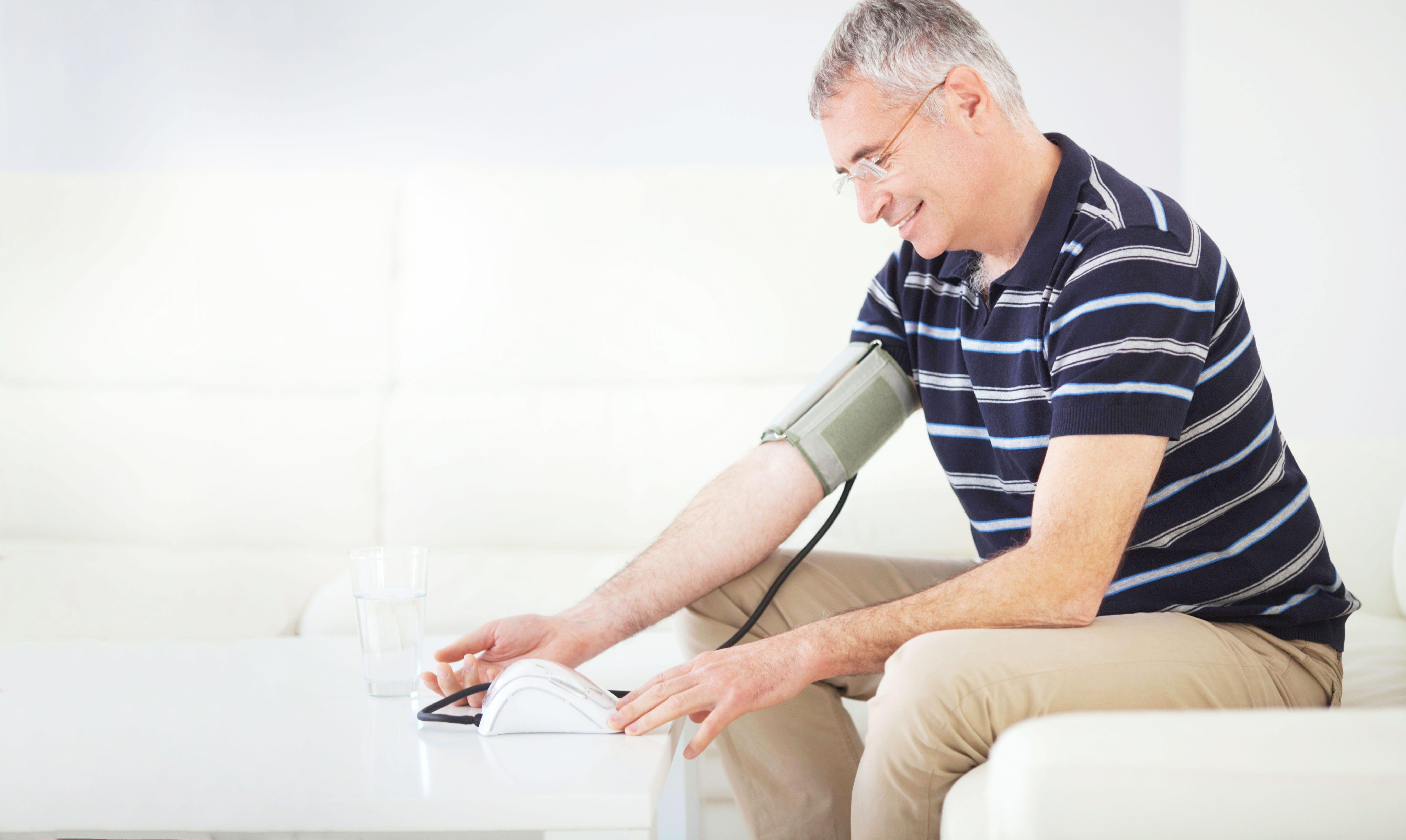högre blodtryck på morgonen än på kvällen