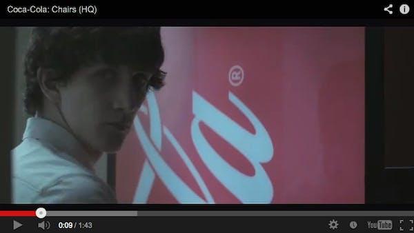 Coca Cola skyller fetmaepidemin på stolar