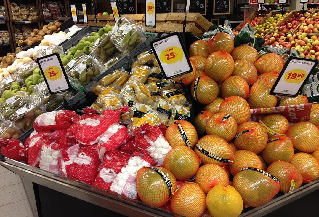 Frukt är godis. Därmed är godis...