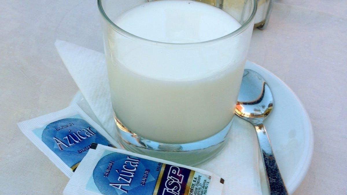 Socker till mjölken?