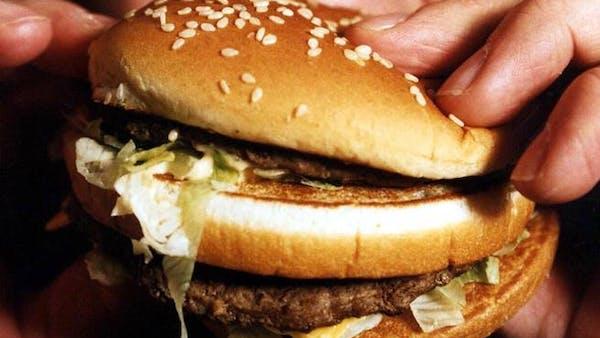 Är det farligt att äta kött före 65 års ålder?