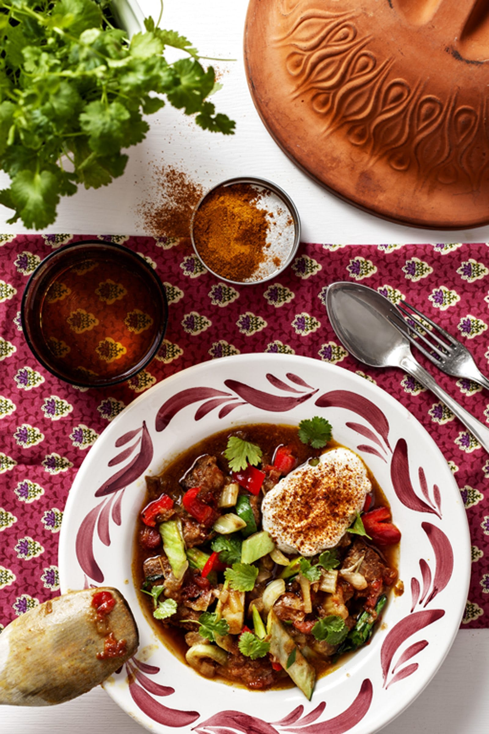 Perfekt slow food: Indisk lergryta