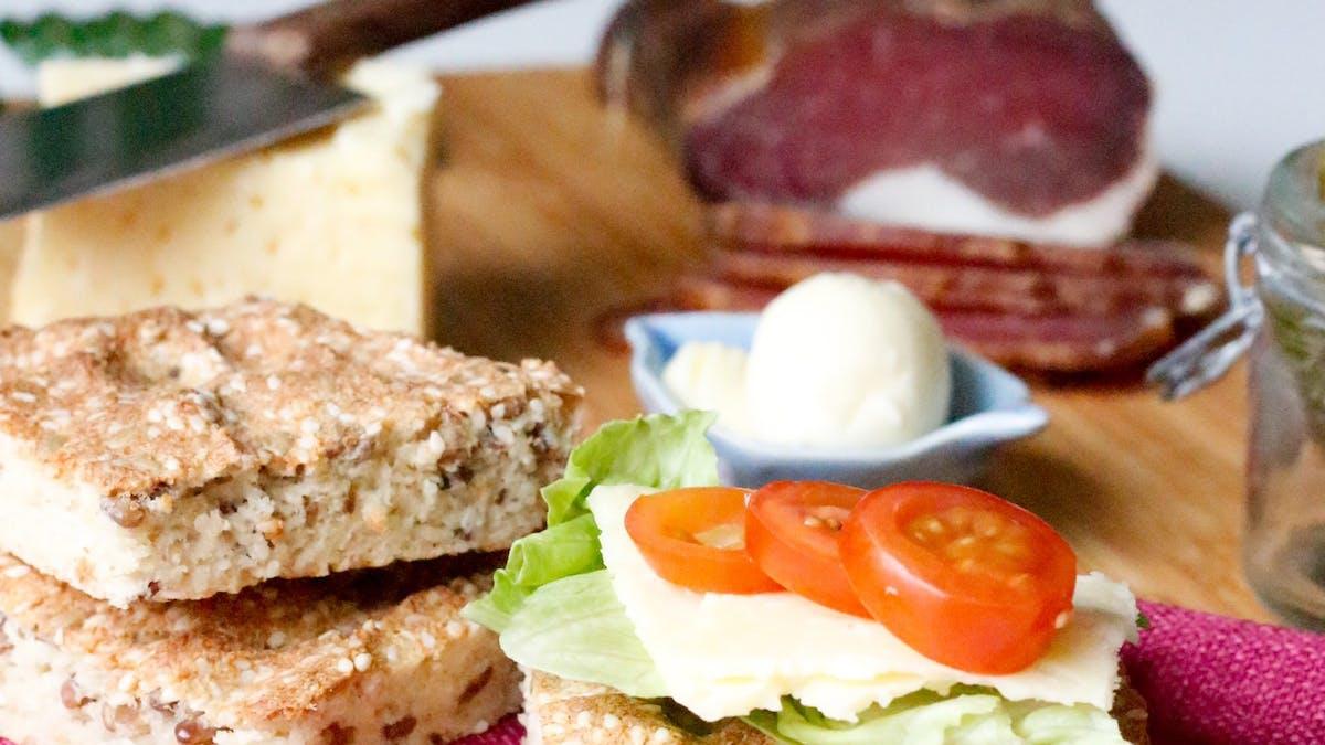 Fannys LCHF-frukost #8 –LessCarbs snabba bröd