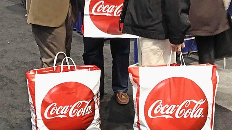 Coca-Cola-problemet börjar bli obekvämt –dumpas av läkare och dietister