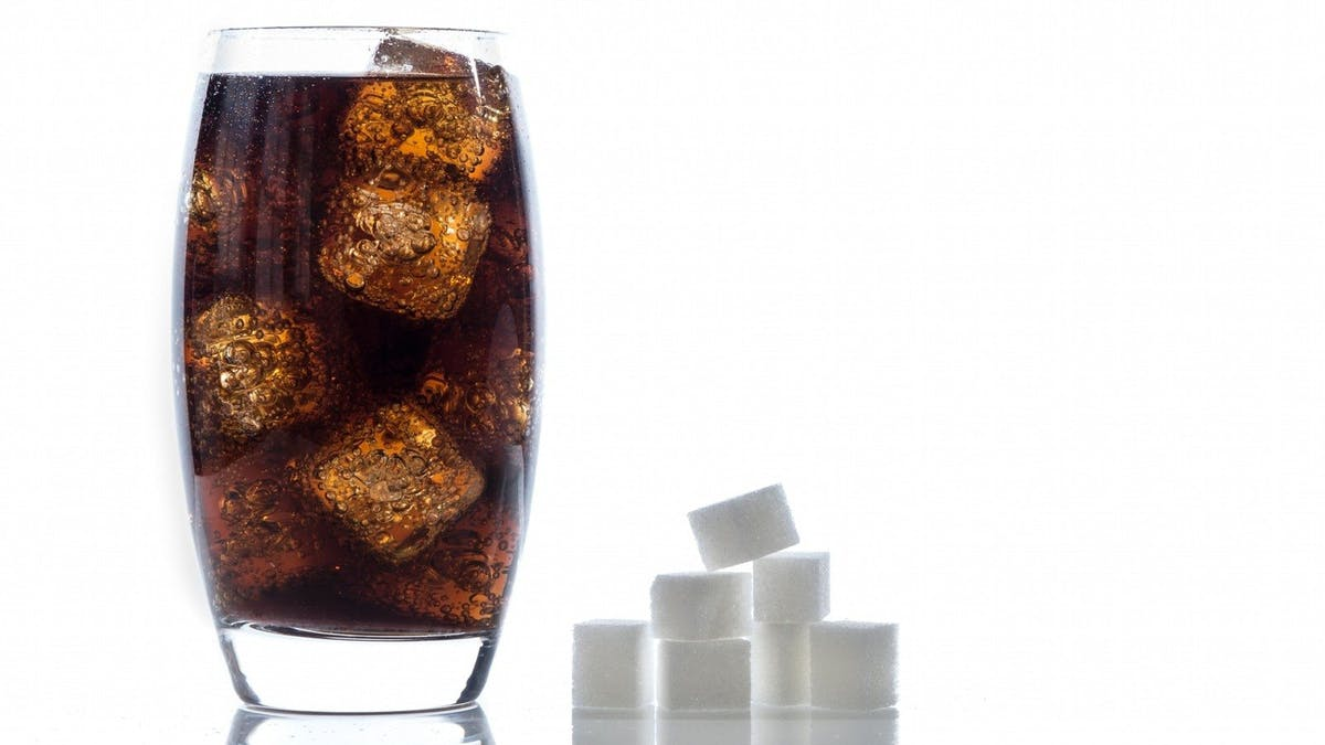 England närmar sig en sockerskatt –trots lobbying