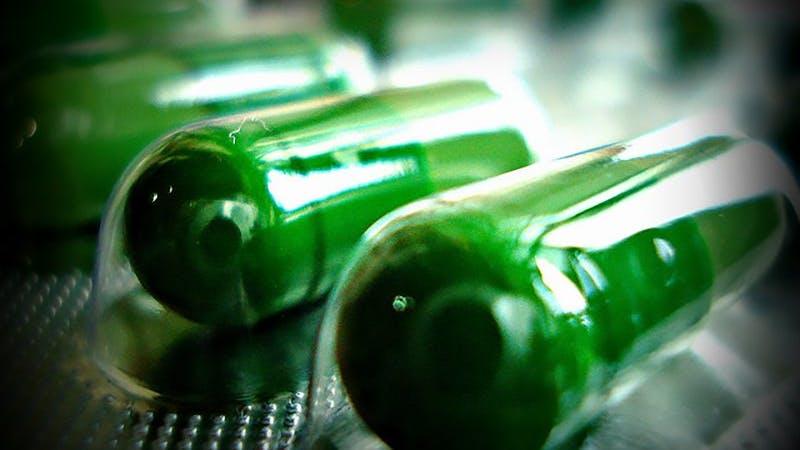 Frystorkade bajspiller testas för fetmabehandling