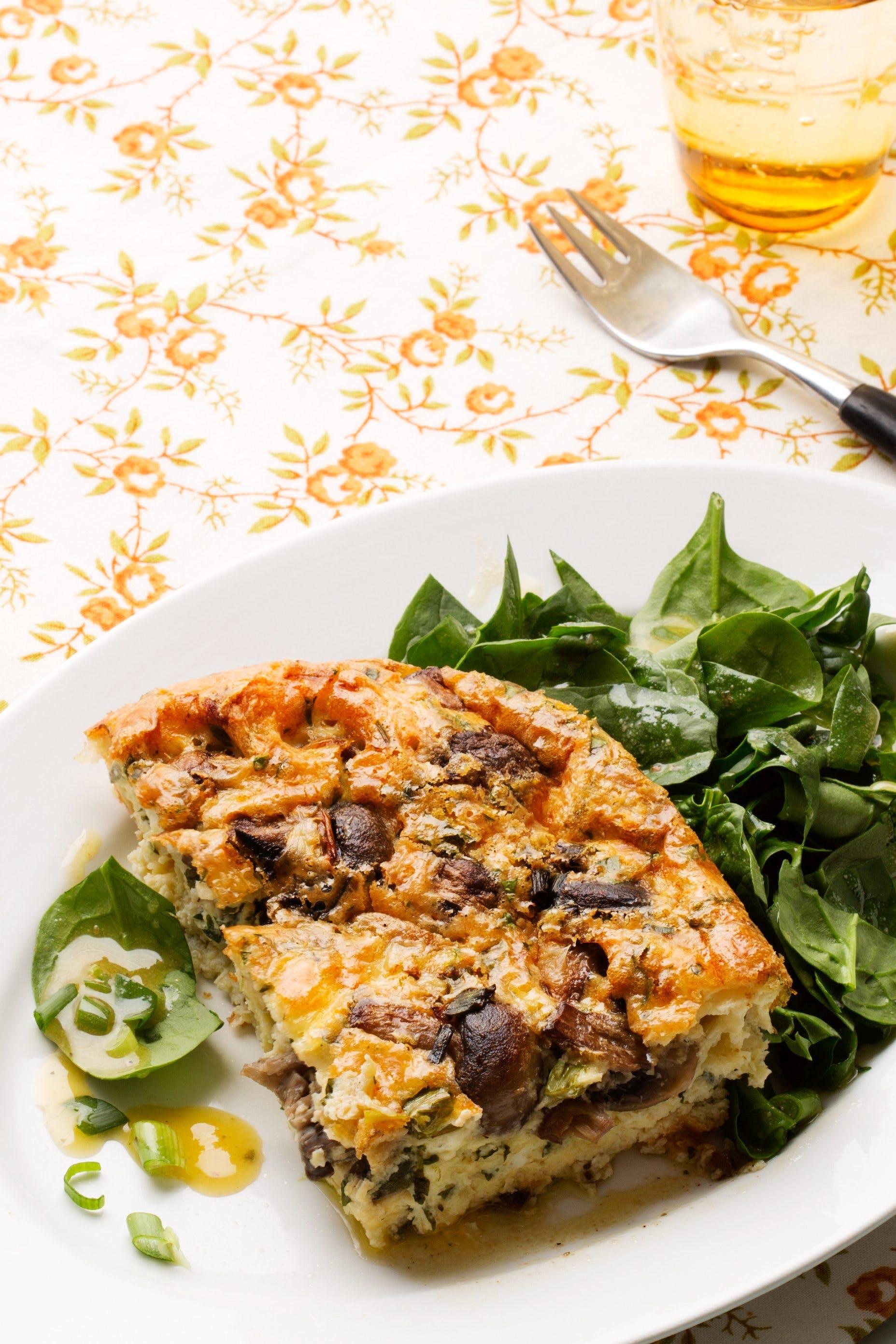 Vegetarisk frittata med svamp och ost