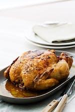 Helstekt kyckling i vitlökssmör