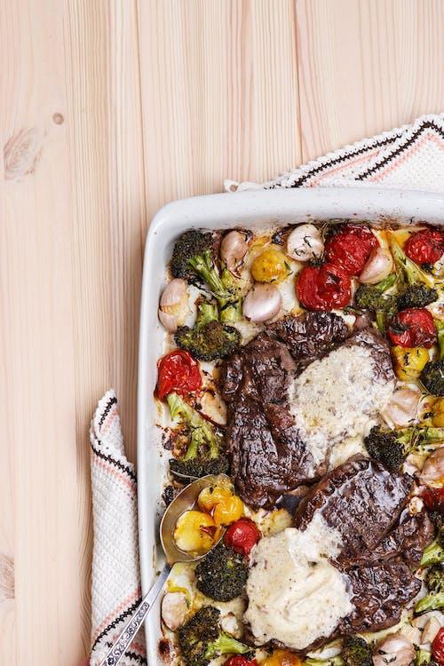 Ugnsbakade grönsaker med entrecote