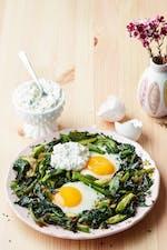 Ägg med kesoröra och stekta grönsaker
