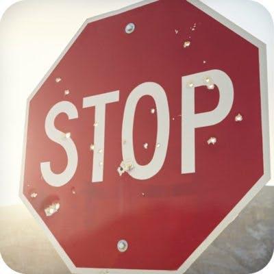 stop-400×400
