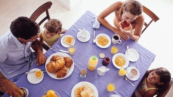 Professor reverserar typ 2-diabetes genom att hoppa över frukosten