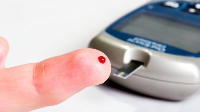 Typ 1-diabetes – varför pendlar blodsockret så?